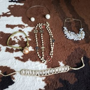 Necklaces lot of 5